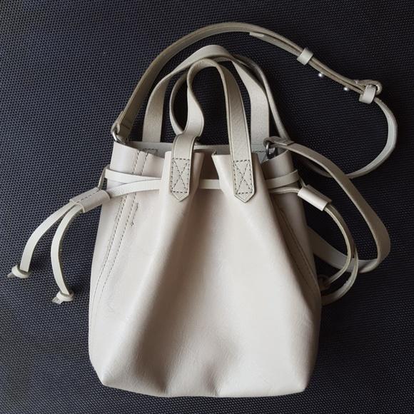 a900e00d6 Madewell Handbags - Madewell Small Drawstring Transport Crossbody